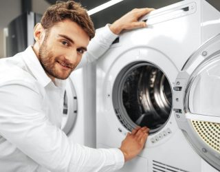 Considerations When Buying New Commercial Laundry Equipment